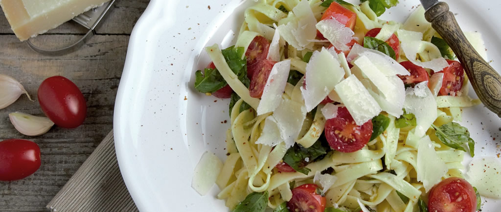 luccacookingclasses - Tagliatelle (handmade pasta) with pesto sauce